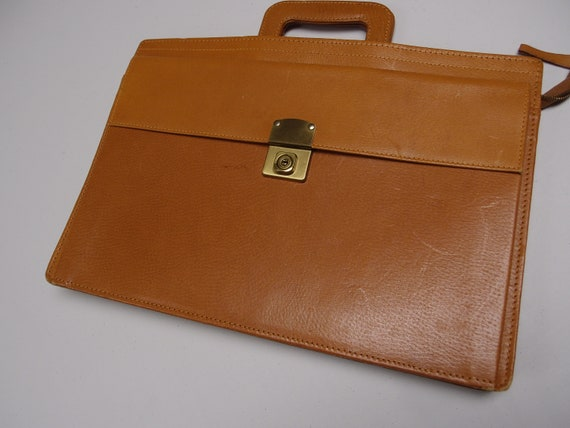 Vintage 1970's tan leather briefcase attache case