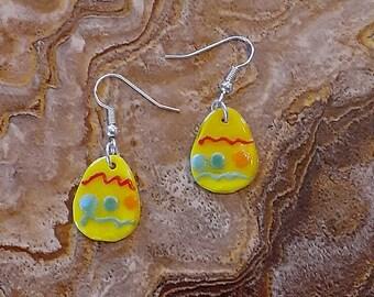 Fused Glass Yellow Easter Egg Dangle Earrings 3/4 inch  --- XPSTAMZ