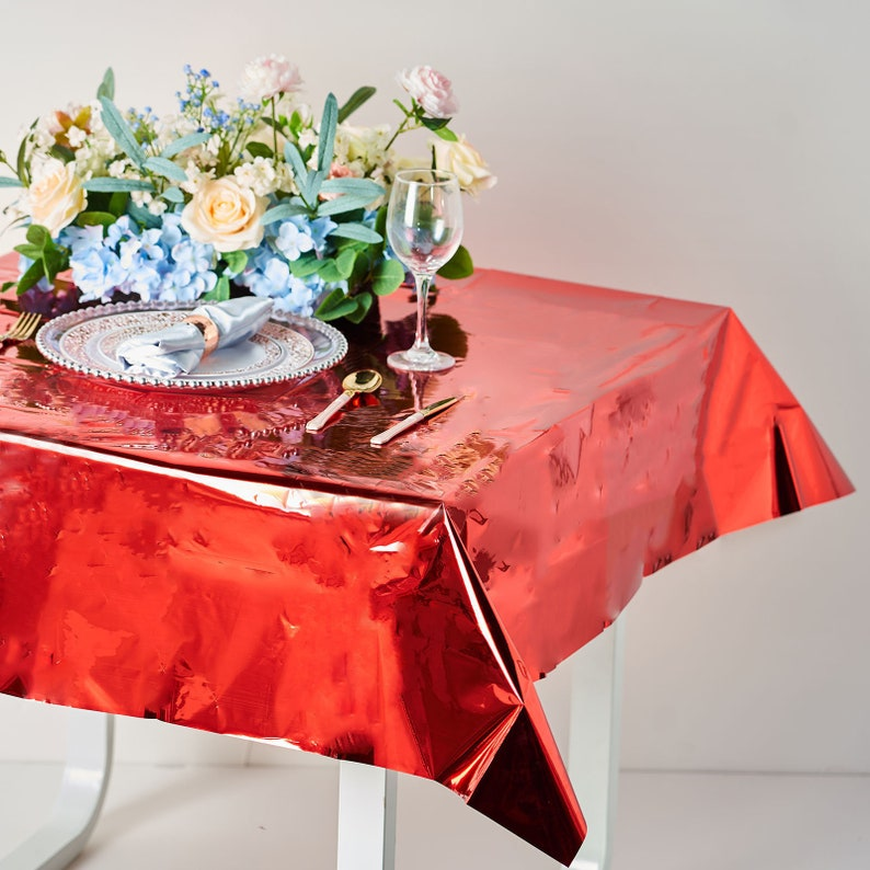 Waterproof Plastic Table Cloth Spill Proof Tablecloths Party Tablecovers Red Foil Plastic Tablecloths Party Decor Table Decoration