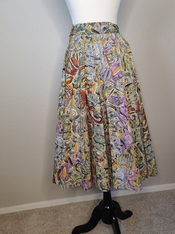1950's Rhinestone Novelty Print Circle Skirt - image 6