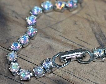 Opal beaded bracelet with a  mint shade crystal chunk