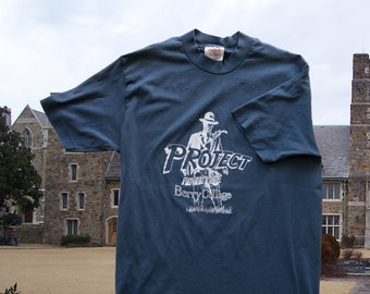 """Vintage """"Project Adventure"""" Berry College t-shirt 1990s in navy"""