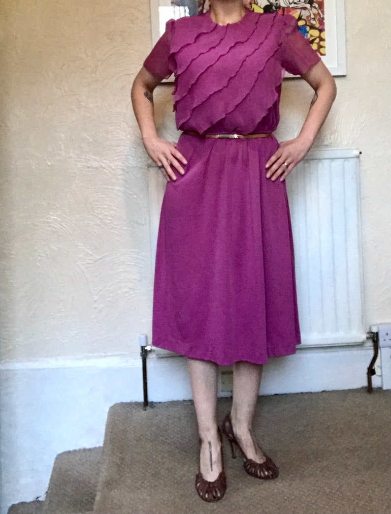 70s80s VINTAGE MAUVE FRILLY Dress Delicate Disco! U.K. 12 Flowy Ruffled Bodice