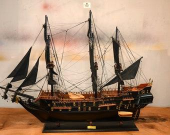 Black Pearl Pirates of the Caribbean