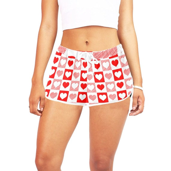 White and Red Heart Checker Women's Casual Shorts