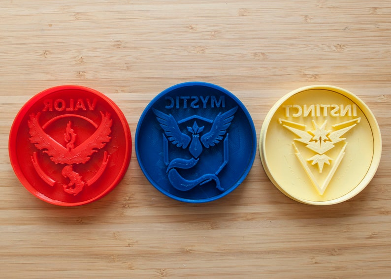 Pokemon go cookie cutters valor mystic instinct