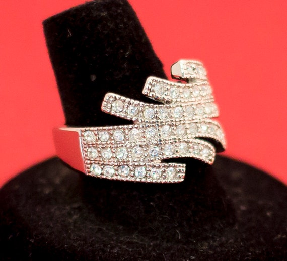 vintage silver and Rhinestones ring size 9