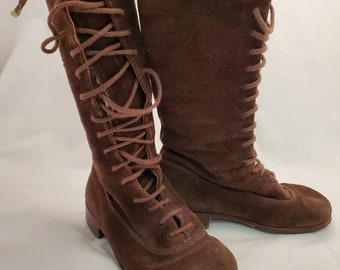 Vintage Brown, lace up, children's leather boots size 25, US size 8.