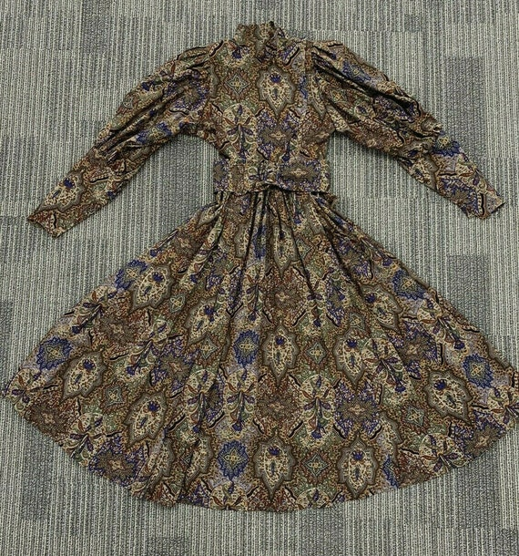 Vintage Droopy and Brown Floral Wool Fit Flare dre