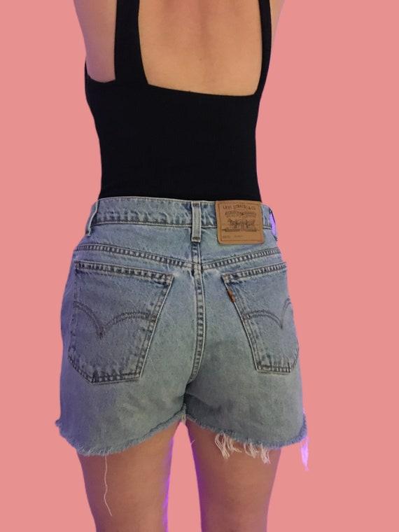 80s Levi's denim shorts