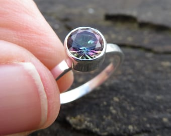 Rainbow quartz ring, mystic quartz ring, sterling silver ring for women, gemstone ring, crystal ring, silver jewellery, silver quartz ring