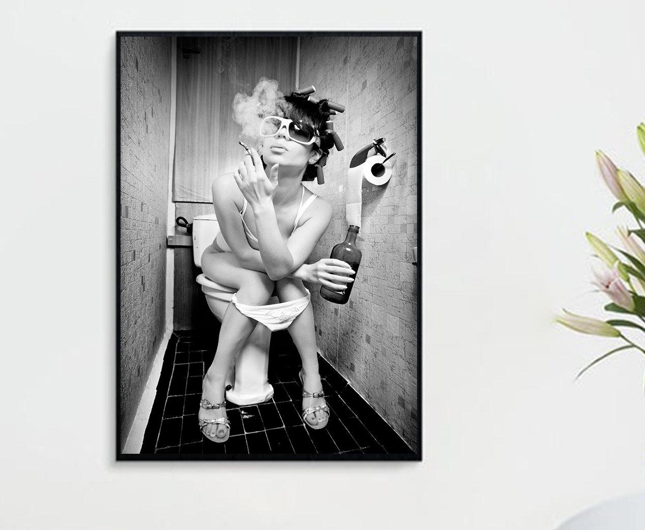 Party Sexy Mädchen auf der Toilette Raucher Pub Bar Poster