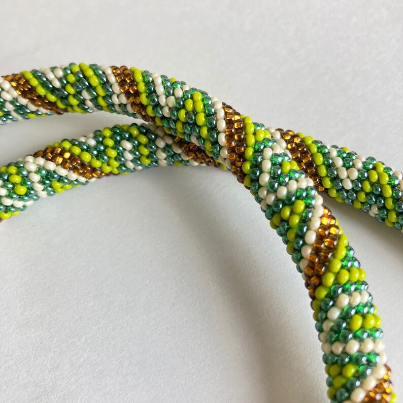 Seed bead rope necklace Green
