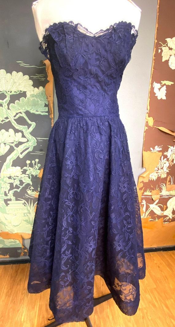 1950s navy blue lace Ceil Chapman cocktail dress - image 2