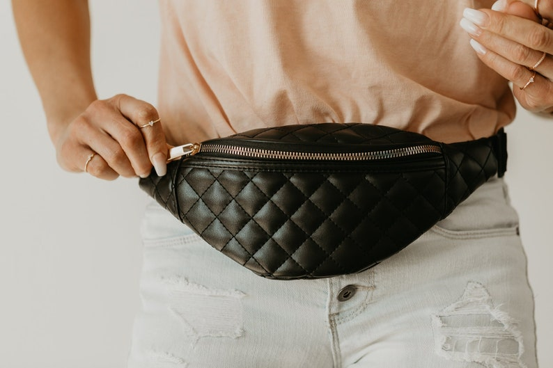Fanny Pack in Leather Black