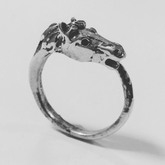 Silver horse head ring