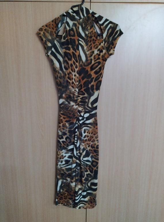 CACHE Stretch Leopard Print Keyhole Bodycon Dress