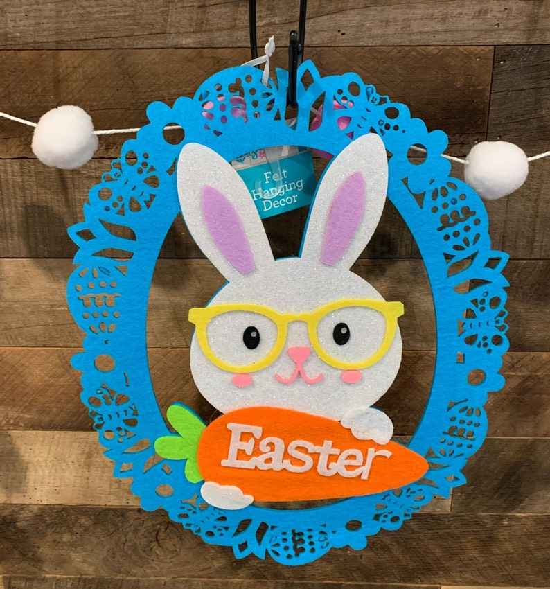 or Insert for a Do It Yourself Decorated Wreath Hang On A Decorated Easter! Adorable Felt Easter Bunny Great For Hanging on wall