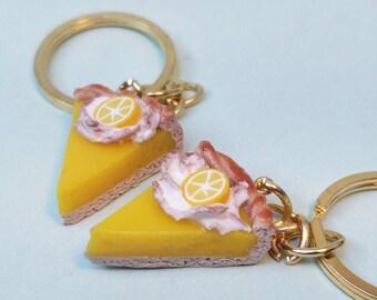 The lemon meringue pie | Key rings