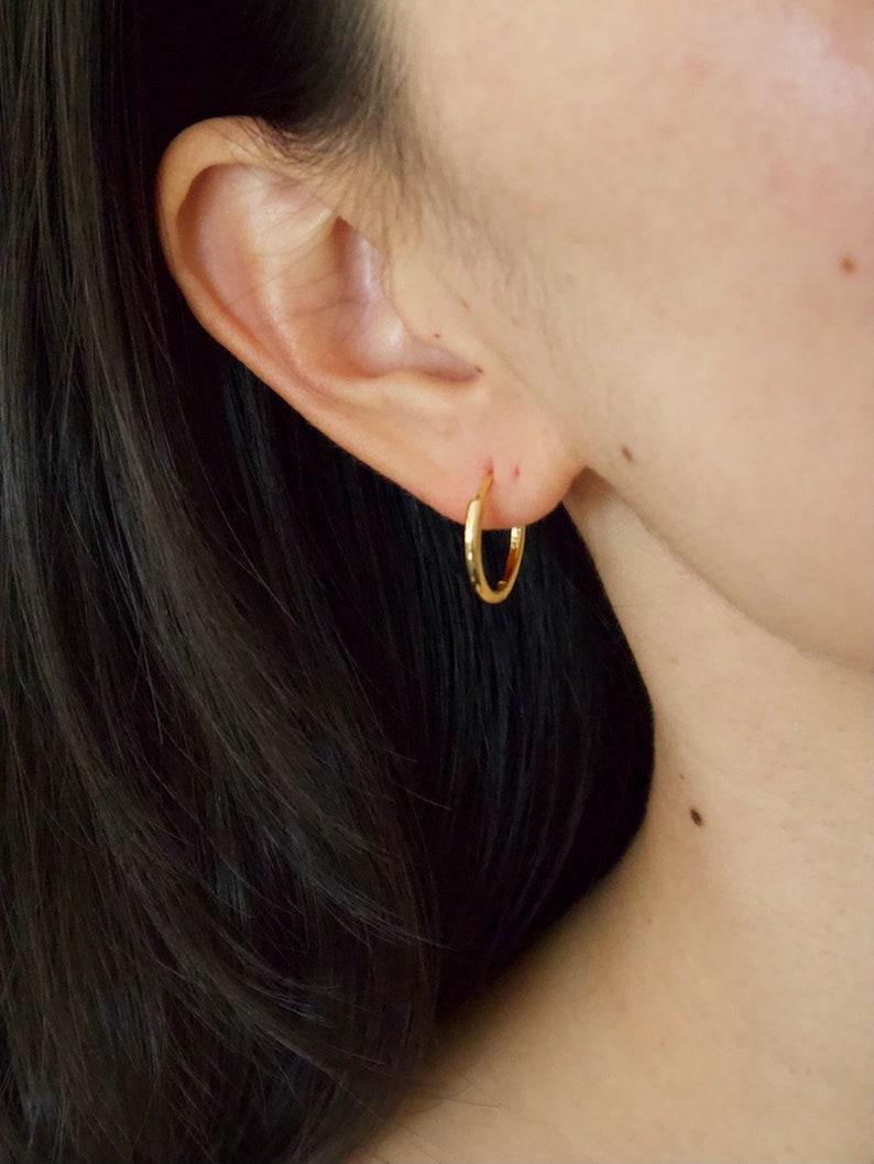 18MM Gold Huggie Hoop Earrings Simple Huggies 925 Sterling Silver Hoop Earrings 18K Gold Plated Hoops Daily Hoops Minimalists Earrings