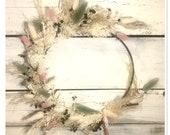 Bohokranz Floral Hoop Delicate Spring Wreath
