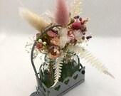 Blumenarrangement, Geschenk, Trockenblumenarrangement