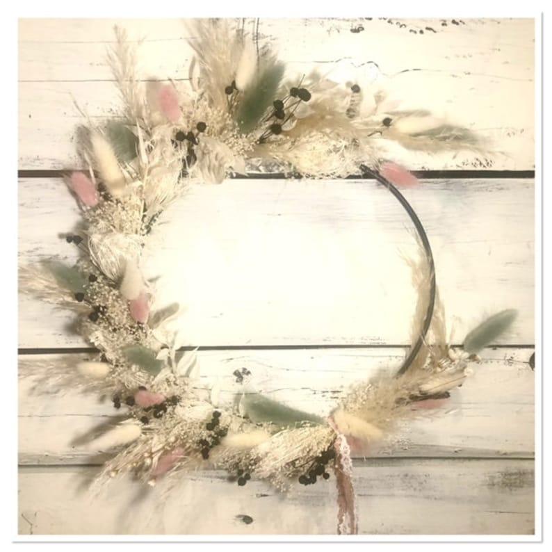 Bohokranz Floral Hoop Delicate Spring Wreath image 1