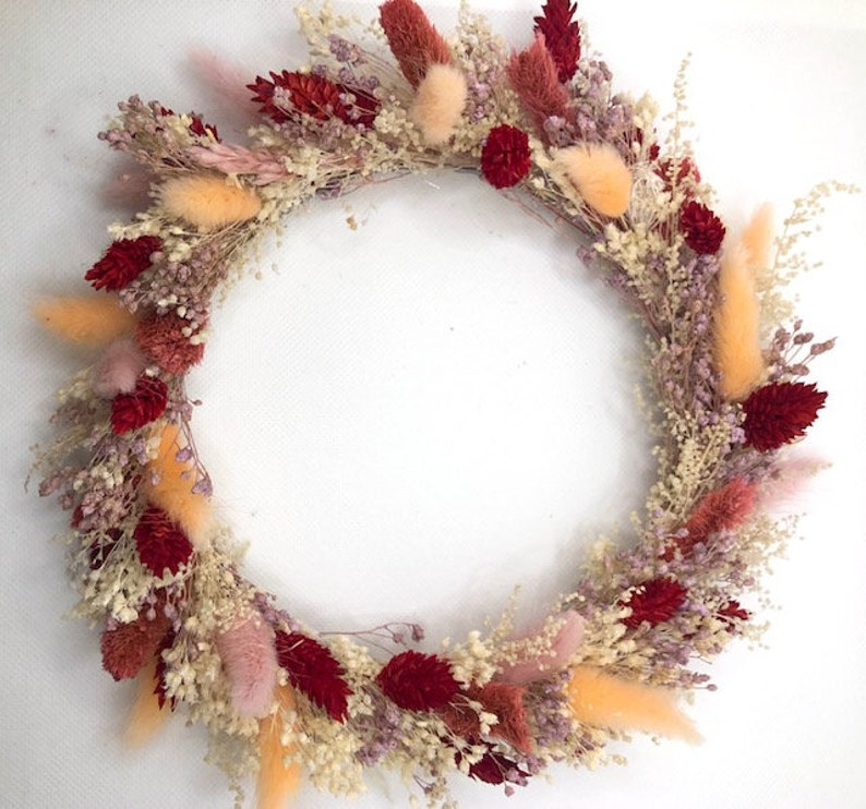 Colourful and strong dry flower wreath image 0