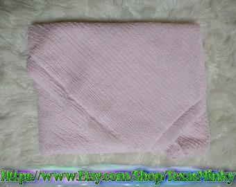 "Minky Light Pink Weave Swaddle 30""×36"""