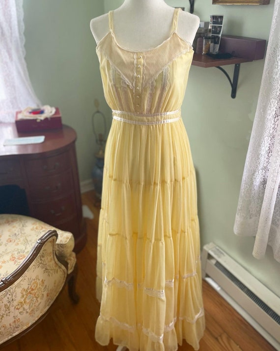 Yellow Gunne Sax Dress - image 2