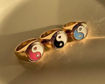 Yin Yang Beaded Y2K Ring Elastic Stretchy Multiple Sizes Handmade Beads Bead Ring Gift for Her YinYang Rings Black Ring