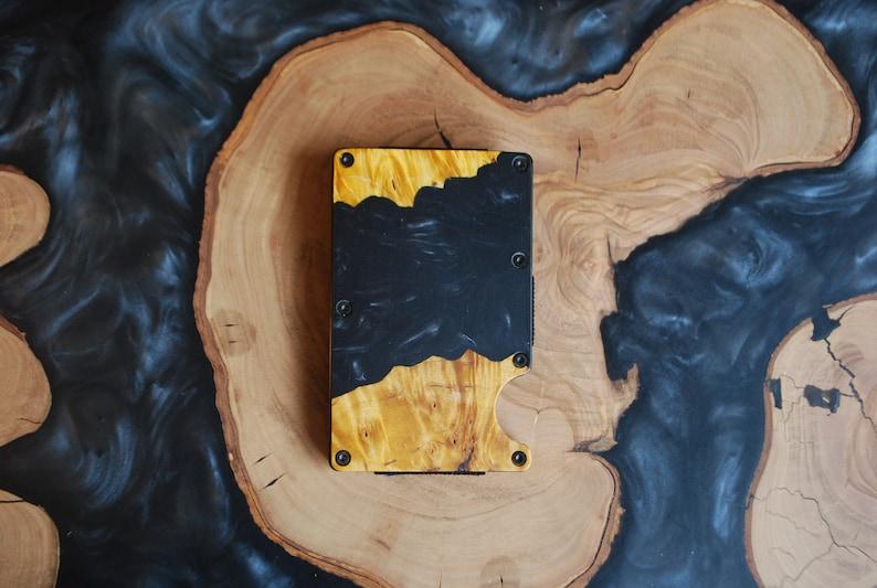 Lifetime Guarantee Travel Wallet Minimalistic Gift Ideas Slim Card Wallet Unisex Resin /& Wooden Wallet RFID Protection