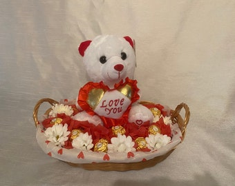 Valentine's bear with chocolate
