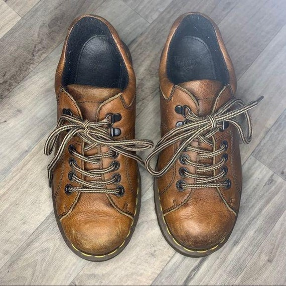 Dr. Martens | Vintage Brown Oxford Shoes