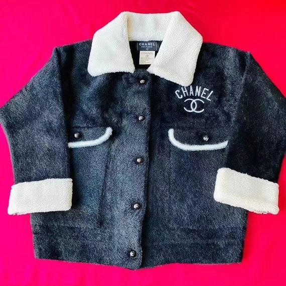 CHANEL Vintage fluffy jacket coat