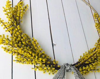 Golden fall minimalist and modern hoop wreath