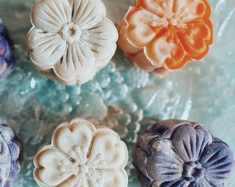 4 or 6 Snow Skin Blossom MoonCake-FRESH with NO PRESERVATIVE-Presale, ship starting early October