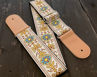 White jacquard guitar strap, electric bass and acoustic, Vintage embroidered, woven vegan strap, adjustable, strong and durable