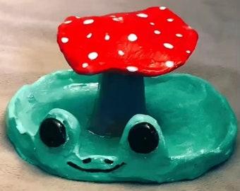 Frog mushroom incense holder (currently backordered)