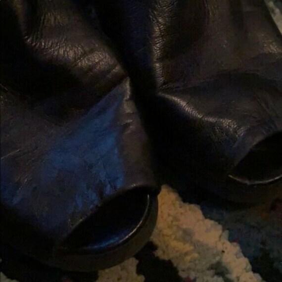YVES SAINT LAURENT vintage sandals 6.5