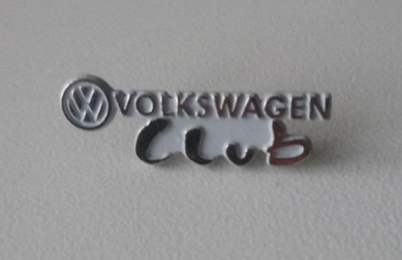 VW printed Volkswagen Club lettering pin 28 x 9 mm embossed