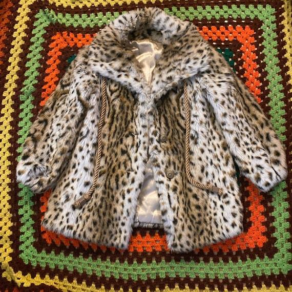 Vintage faux fur leopard coat Large