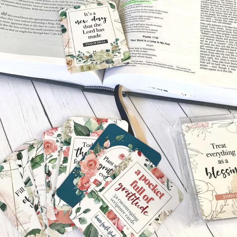 A pocket full of gratitude scripture cards for women's image 0
