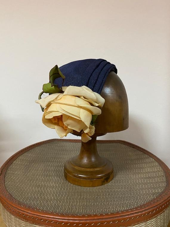 Vintage Half Hat with Rose / 50's / Old but Gold /