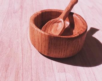 Hand carved oak bowl dish, snack bowl, nut bowl Food safe