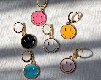 Plain Gold /& Silver Smiley Earrings