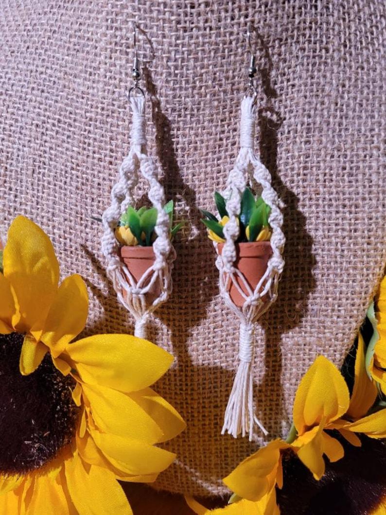 Hanging macrame mini plant hanger sunflower potted plant earrings