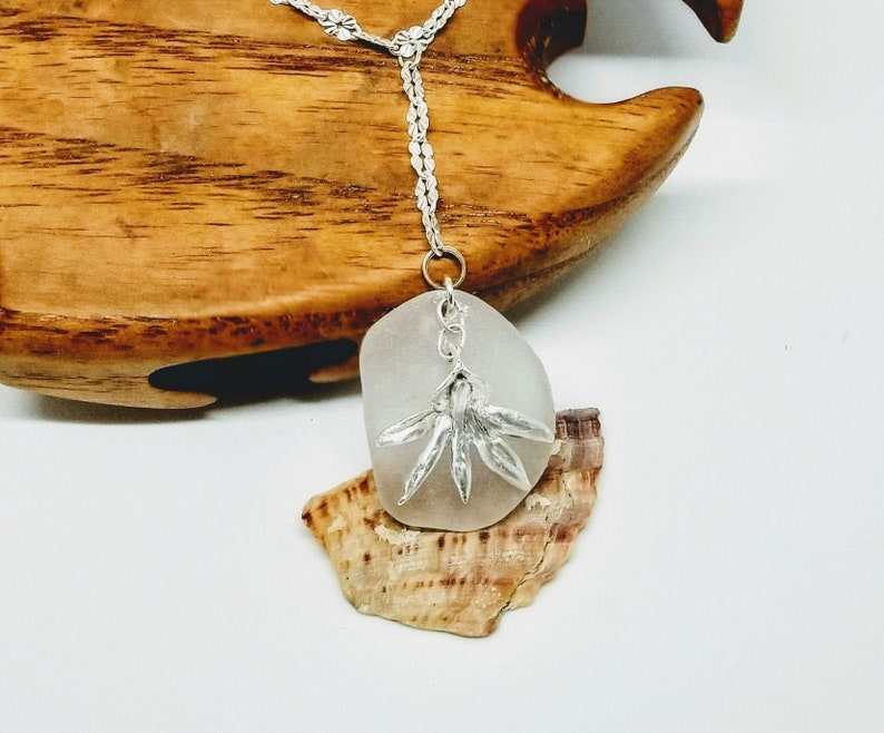 Frosty white sea glass necklace / silver orchid necklace / image 0