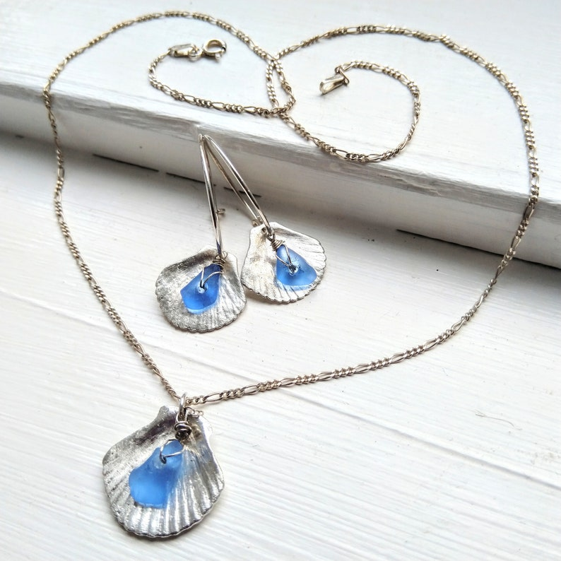 Fine silver shell necklace / silver shell with blue sea glass image 0