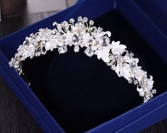 Wedding Vintage Bridal Tiara, Pearl Flower Bridal Crowns, Wedding Hair Jewelry, Gift For Her, Bridalshower Crown, Handmade Silver Crown